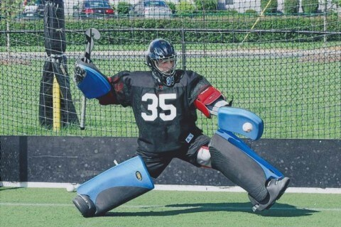 best-field-hockey-goalie-equipment-guide