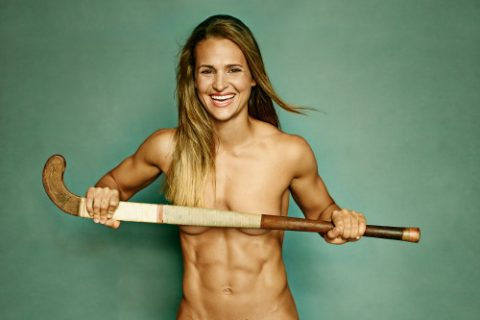 fit girl in field hockey